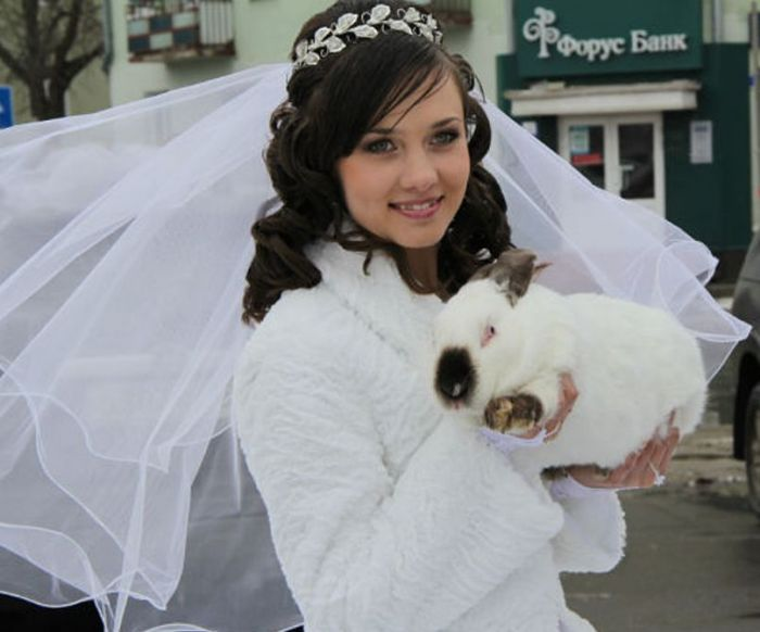 Свадебный салон Праздничного центра «Юнона» приветствуют очаровательных Невест Пензы, Пензенской области и других городов России