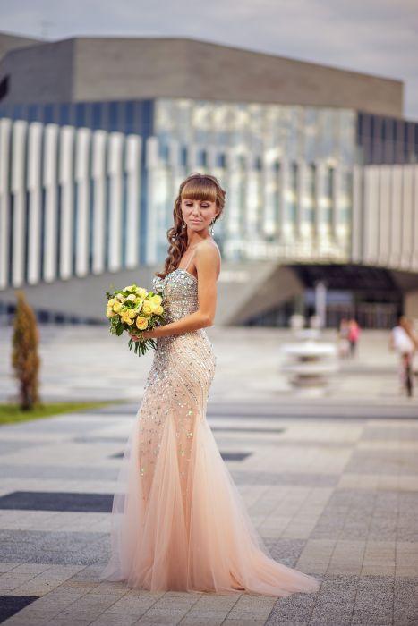 Продаю платье jovani
